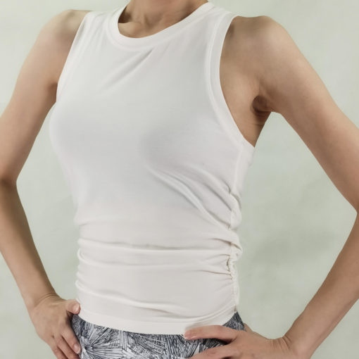 Yoga twisted tank top -front view- white